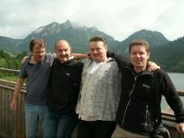 spoločná fotografia pred výpravou na rašeliniská: Dušan Žitňan, Ľubomír Víťaz, Henrik Kalivoda a Tomáš Olšovský